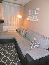 dočkala som sa konečne nová gaučovka-šijem i novu záclonu...