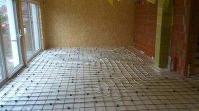 podlahovka v obyvacke