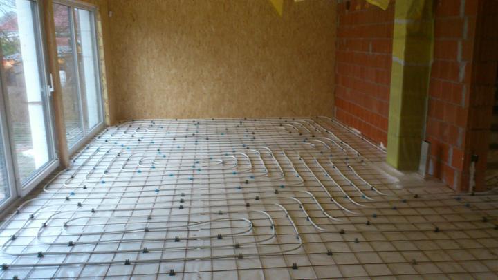 Stavba - podlahovka v obyvacke
