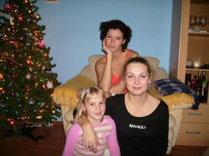 má skvělá sestřička a svědkyně,má neteř a družička  a já
