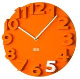 3d plastové oranžové hodiny s priemerom 40 cm. Cena 22€