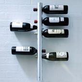 Nástenný držiak na 12 fliaš vína,