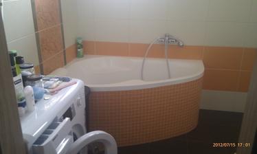 Ešte prikladám foto už dokončenej kúpelne...