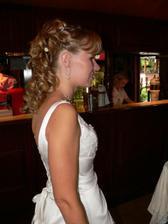Svatební účes - pohled pravá strana