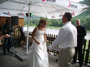 Tanec novomanželu na terase Labské bašty