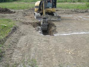 27.6.2012 - Dnes sme zacali z vykopmi (konecne!!!)