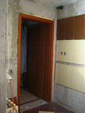 nové dveře a zárubně
