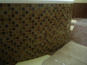 mozaika na vaně