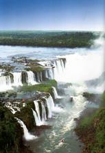 Vodopády Iguacu.