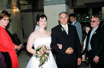 Tatínek nevěstu ...