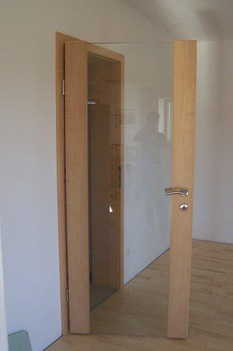 """Nas """"Traumhaus"""" - sklenene interierove dvere"""