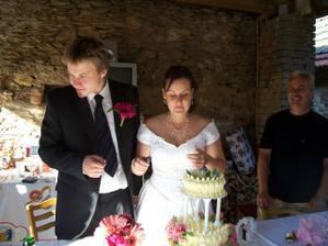 krájení dortu - mňam