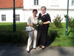 moje maminka s mou svědkyní