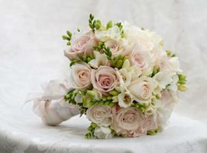 bílo-zeleno-růžová