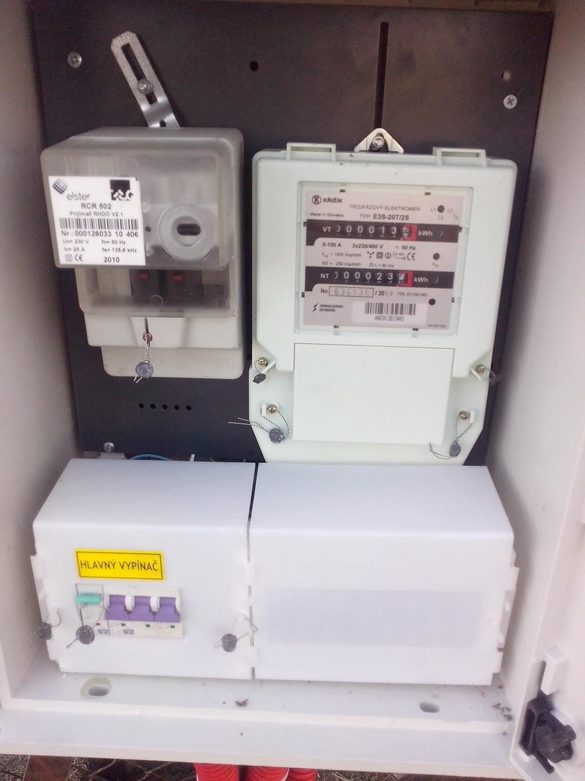 Kde nájdem na tomto elektromere číslo HDO diaľkového ovládania vysokej a nízkej tarify? - Obrázok č. 2