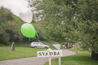 Balonova vyzdoba od b-d.sk a drevena sipka zo sashe.sk