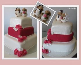 Muj užasný dort akorát nahoře beránci a do tyrkysova.:)