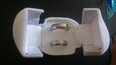 snubní prstýnky.:).<3