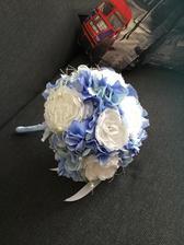 Dneska dorazila svatební kytička :)