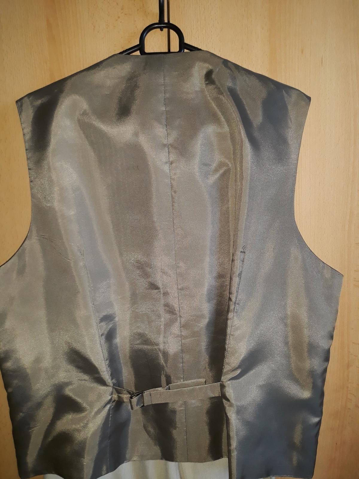 Elegantný oblek - Obrázok č. 2