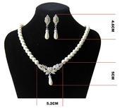 perlový náhrdelník + náušnice,