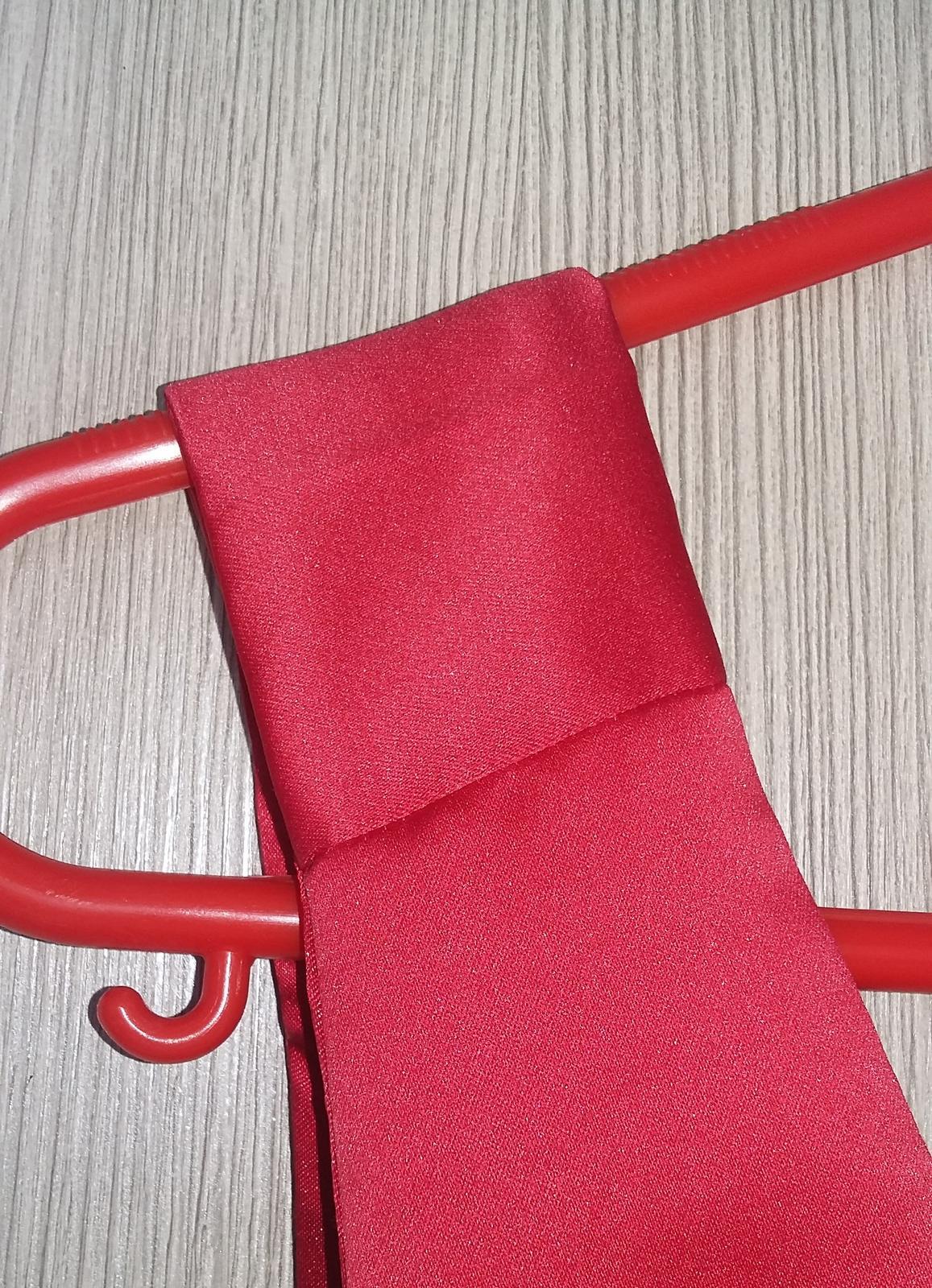 Červené šaty, redový - Obrázok č. 4