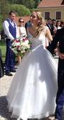 Svatební šaty s krajkou, tylová sukně, 38