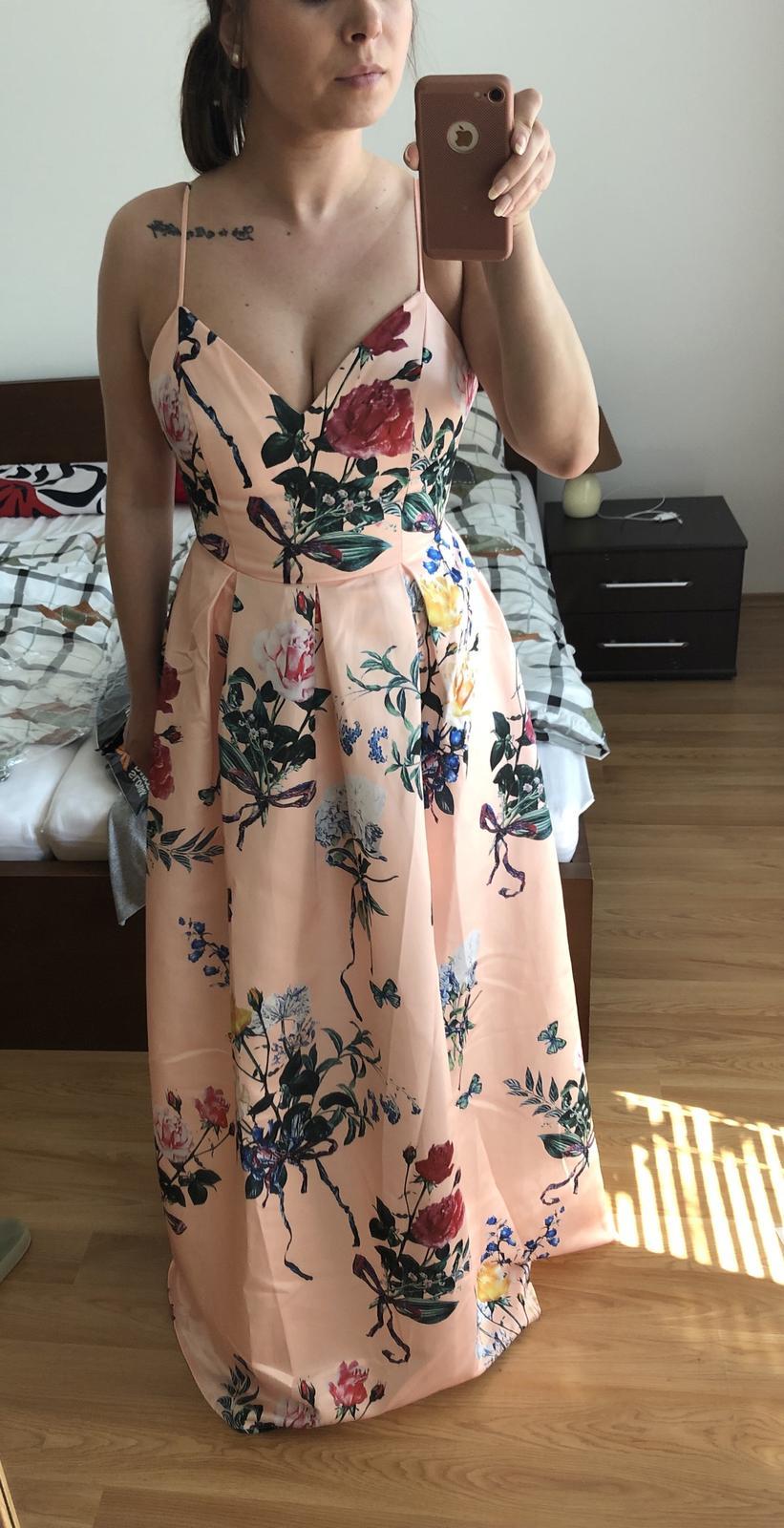 Dlhe kvietkovane šaty - Obrázok č. 1