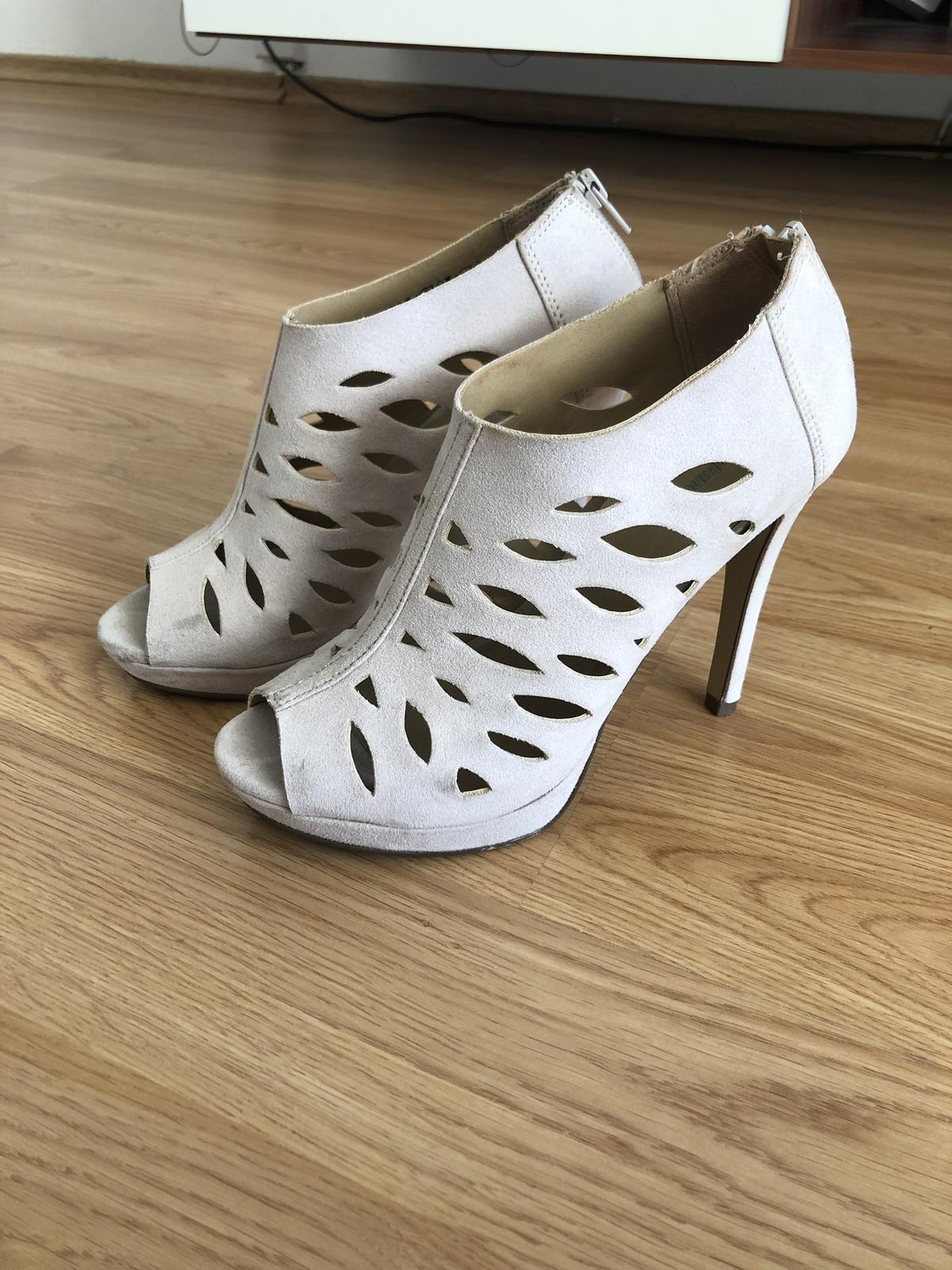 Smotanove sandalky - Obrázok č. 1