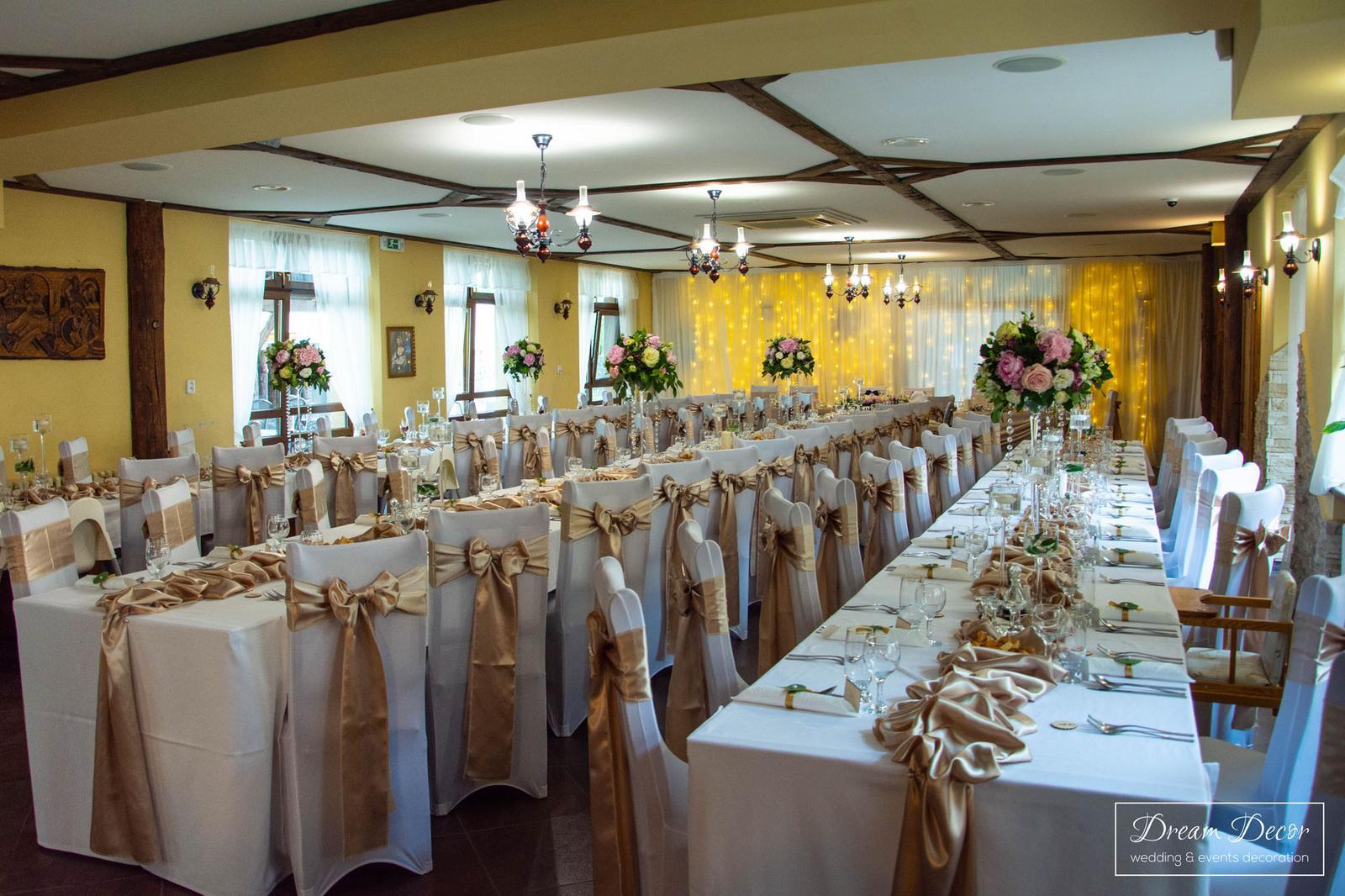 Svadobná výzdoba reštaurácie Mona Dolné Saliby - Svadobná výzdoba Mona Dolné Saliby