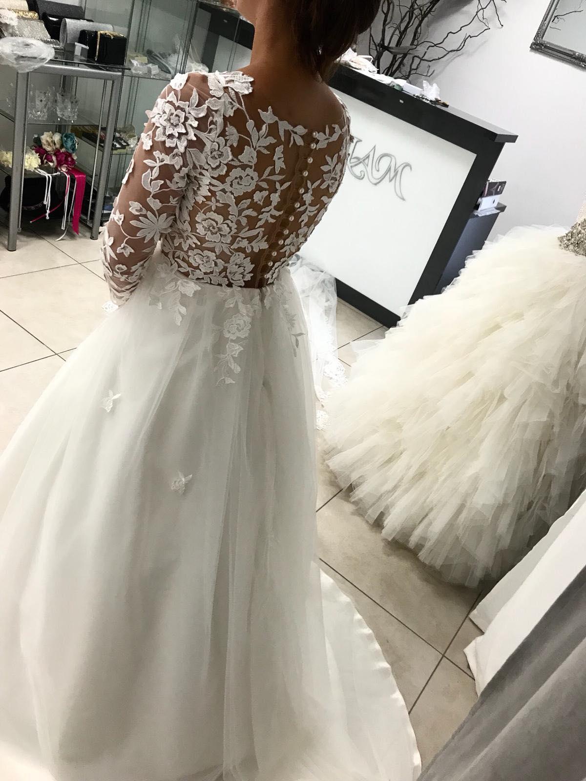 Svadobné šaty s 3D čipkou - Obrázok č. 4