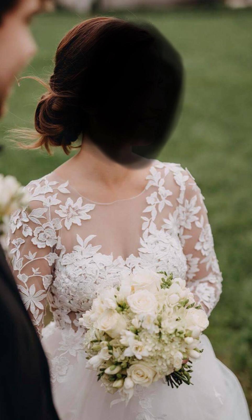 Svadobné šaty s 3D čipkou - Obrázok č. 2