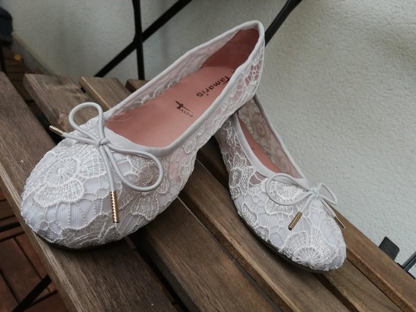 Plánování - celé od začátku - Svatební obuv - možnost číslo 1.  Jsou nádherné, pohodlné a k jednoduchým svatebním šatům si myslím, že se budou hodit.
