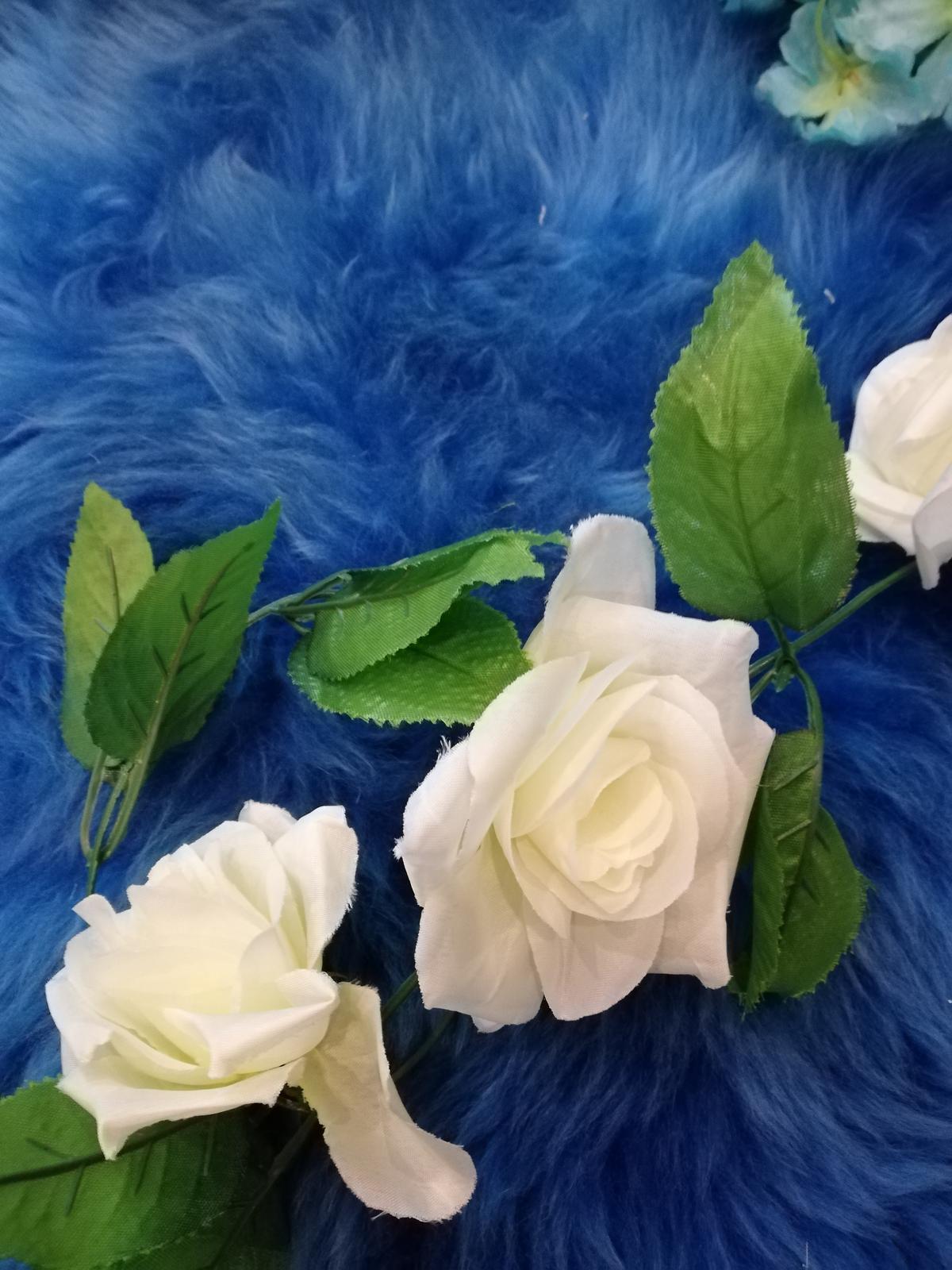Svadobná výzdoba - tyrkysové kvety - Obrázok č. 3