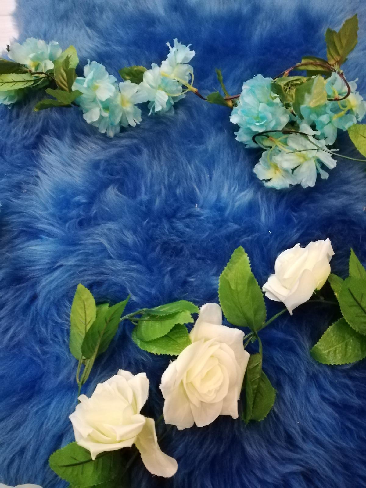 Svadobná výzdoba - tyrkysové kvety - Obrázok č. 2