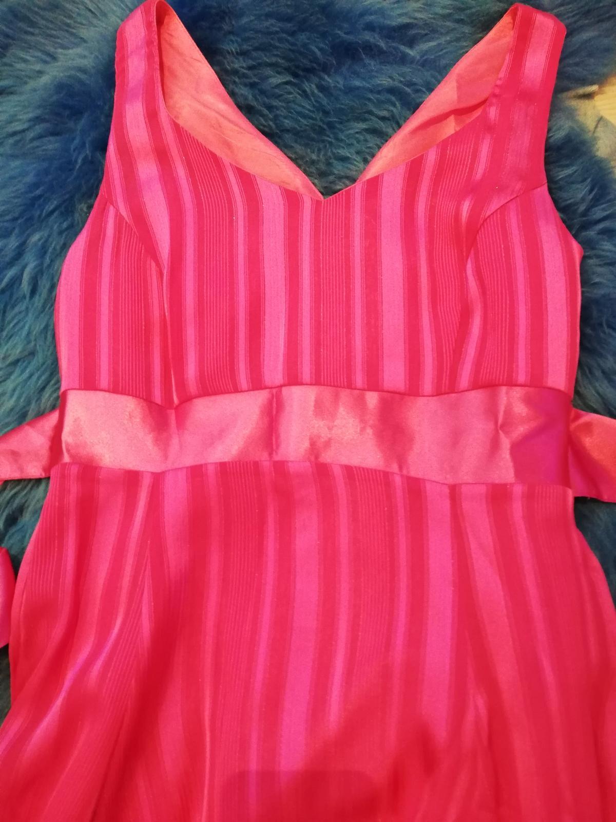 Cyklaménové šaty  - Obrázok č. 4