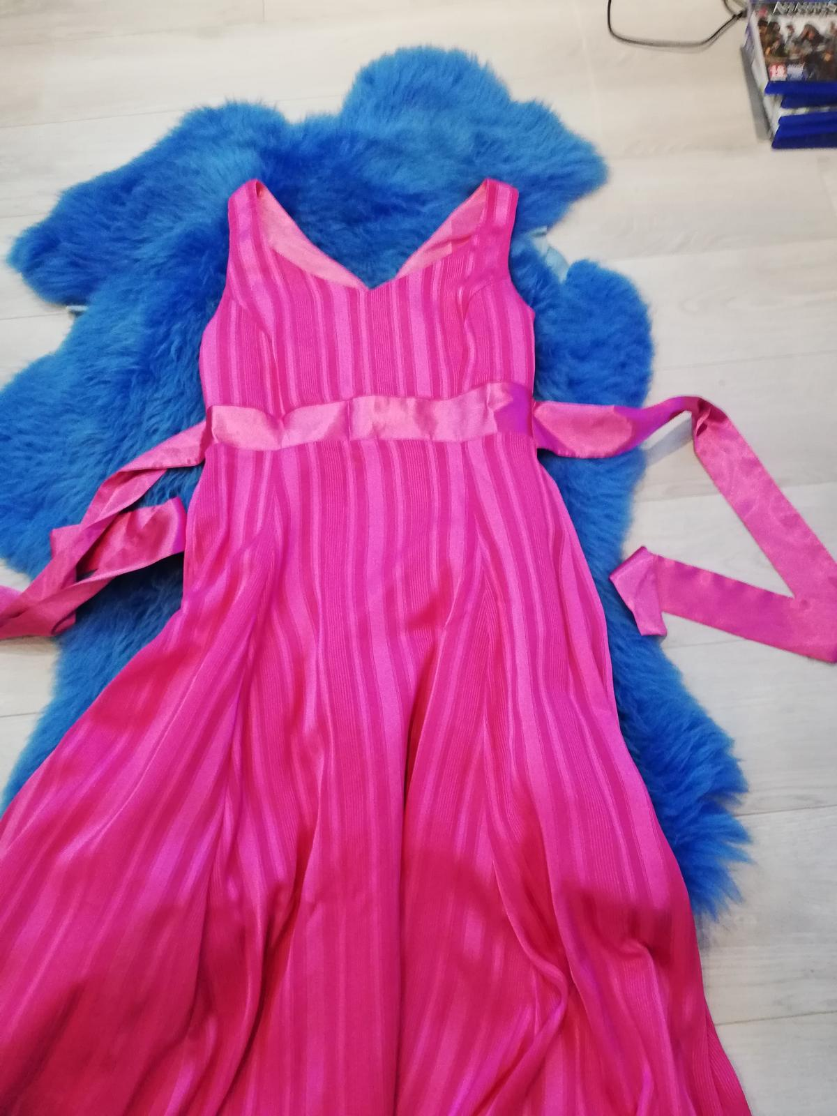 Cyklaménové šaty  - Obrázok č. 3