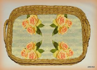 Veľký podnos s motívom ruží