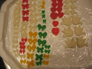 vlastnoruční výroba ozdob na cukroví