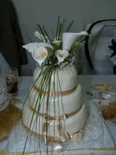 tortička so živými kvetmi