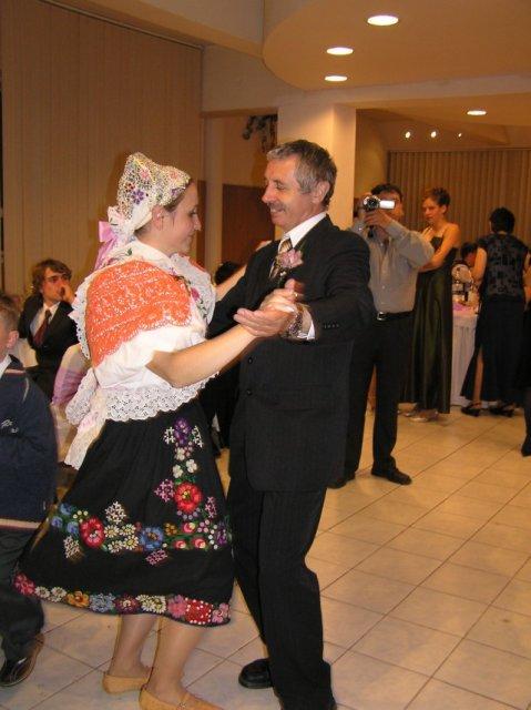 Katka{{_AND_}}Julko Lukáčovci - Tanec s ockom