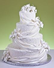 Tohle je náš svatební dort, bude mít jen 3 patra a místo orchidejí tam budou lila růžičky