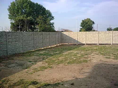 Nas domcek 1 - barierovy plot