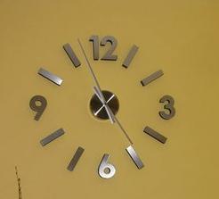 ......hodiny..... jysk.sk  35 €