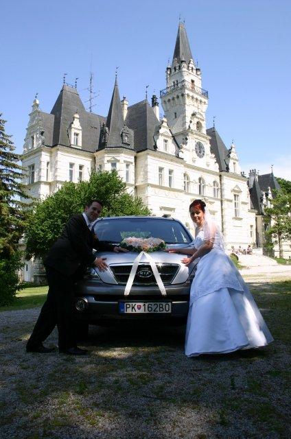 Lucia{{_AND_}}Peter - My a svadobné autíčko.