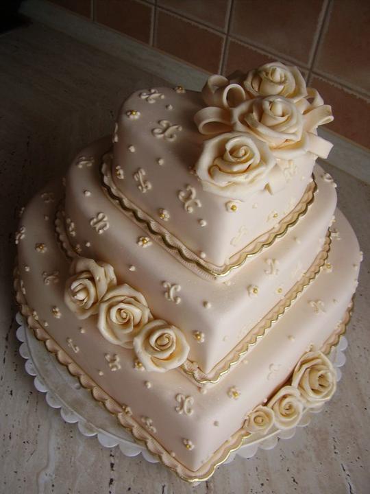 Svadobne torty, zakusky - Obrázok č. 7