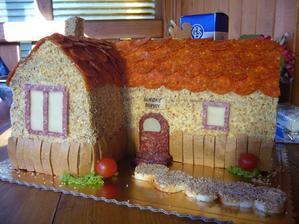 Chlebový domček sme dostali pri nasťahovaní mňam - mňam.