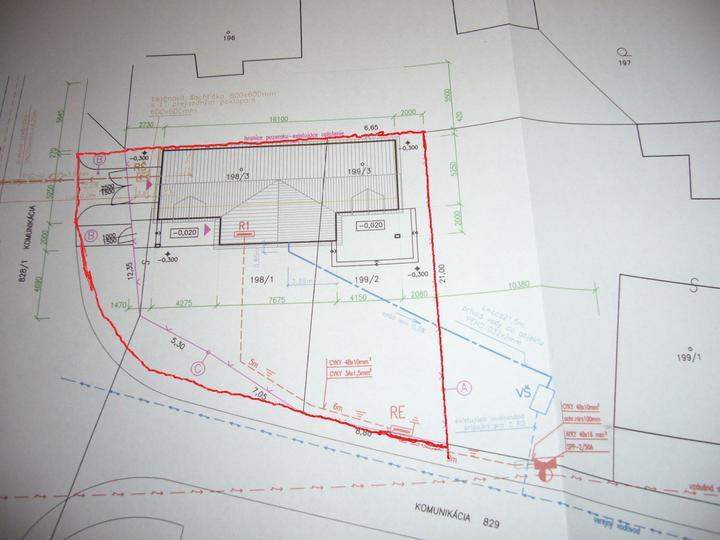 Sen sa stal skutočnosťou  :-) - Osadenie stavby na pozemok (340 m2) .