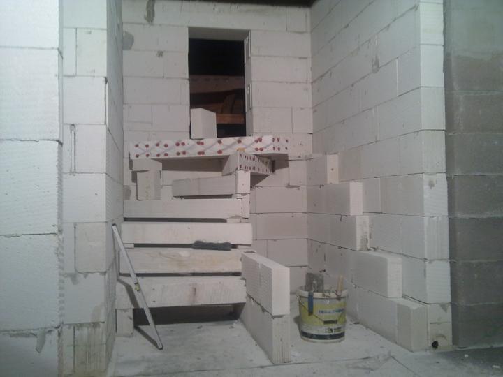 Sen sa stal skutočnosťou  :-) - Staviam schody.