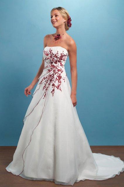 Svatební šaty - růžové i červené až do bordó - Obrázek č. 10